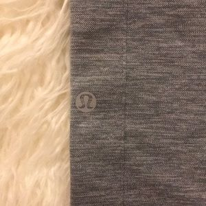 lululemon athletica Pants - Size 6 lululemon